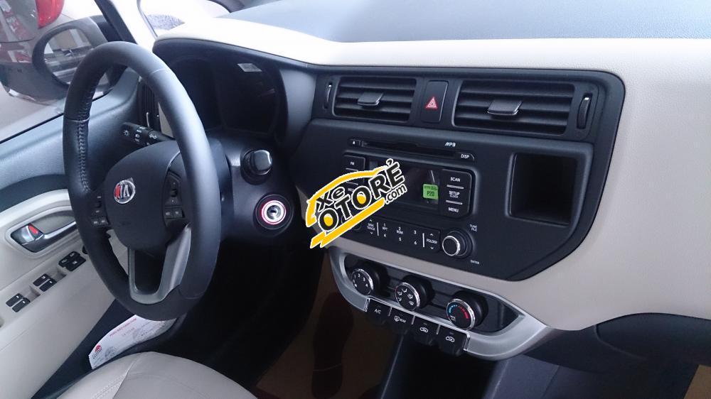 Cần bán Kia Rio MT sản xuất 2015, nhập khẩu chính hãng, ô tô Ninh Thuận giá tốt nhất