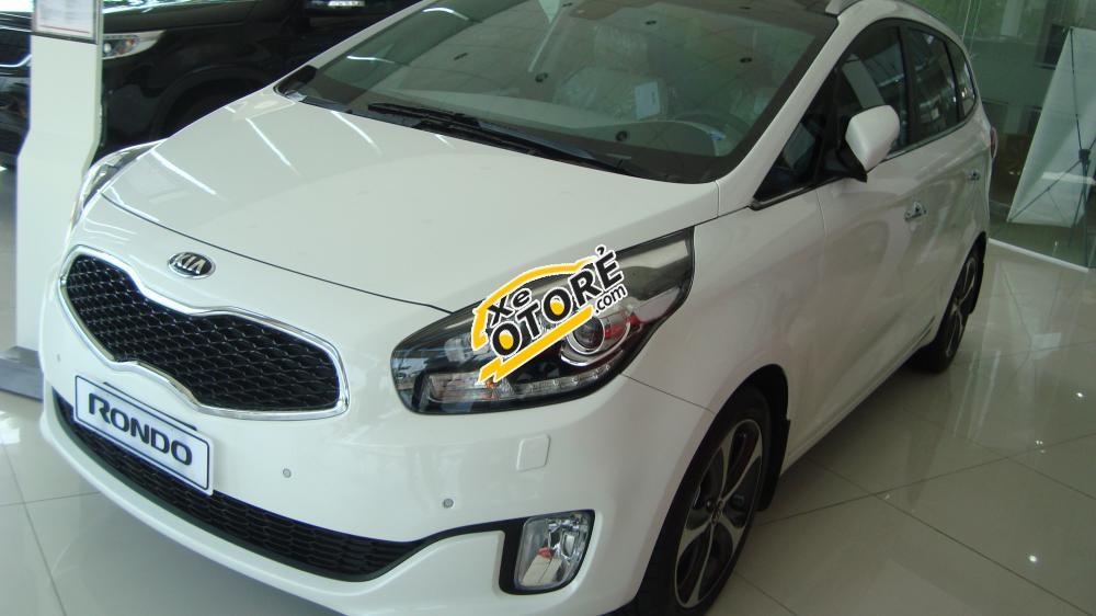 Kia Cầu Diễn bán xe Kia Rondo năm 2016 mới 100% - 0946 526 846