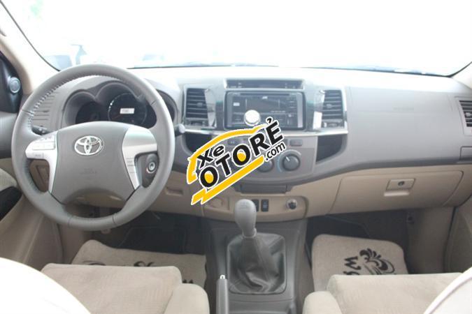 Bán xe Toyota Fortuner 2.5G, màu bạc, đủ màu, hỗ trợ trả góp. LH 093 231 2728 để có giá tốt nhất