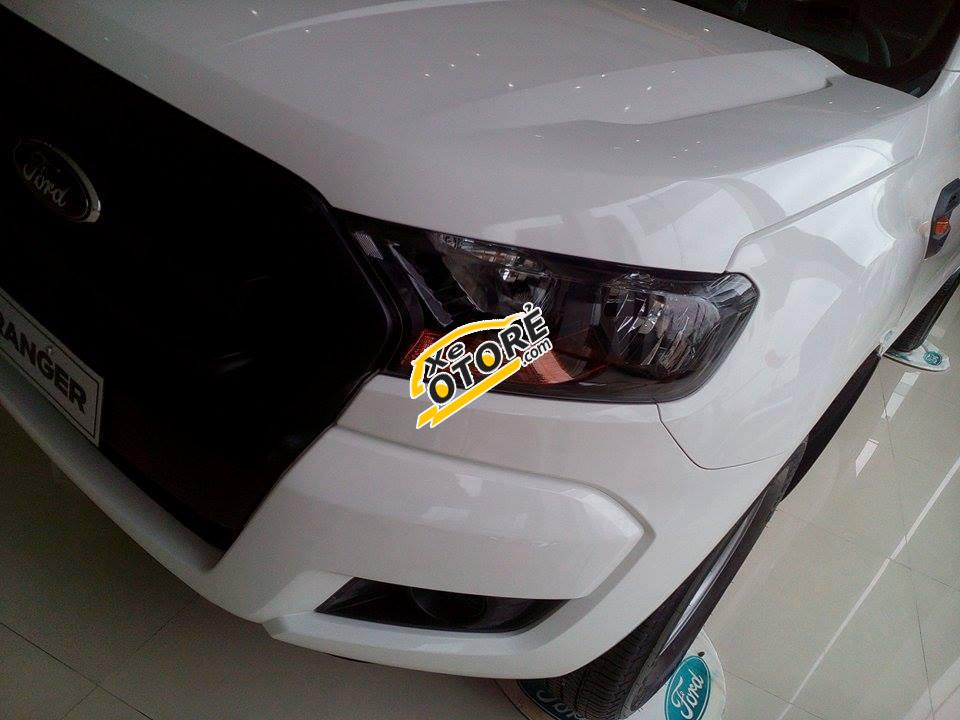 Cần bán Ford Ranger XL đời 2016, màu trắng, xe nhập, giá chỉ 585 triệu- tặng Pk giá trị