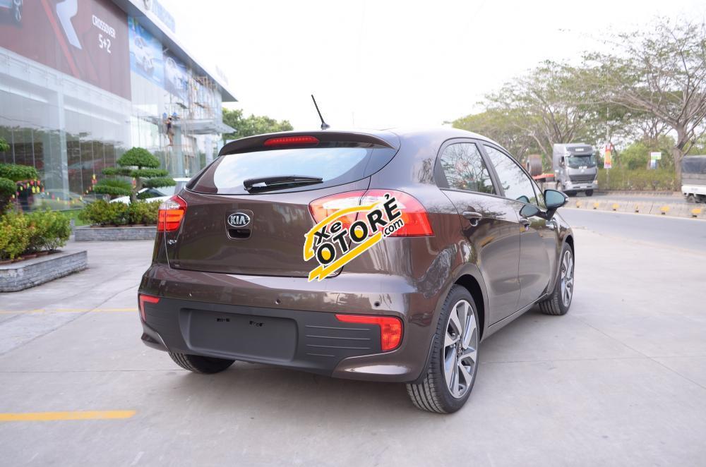 Cần bán Kia Rio mới màu nâu, nhập khẩu nguyên chiếc tại Nha Trang