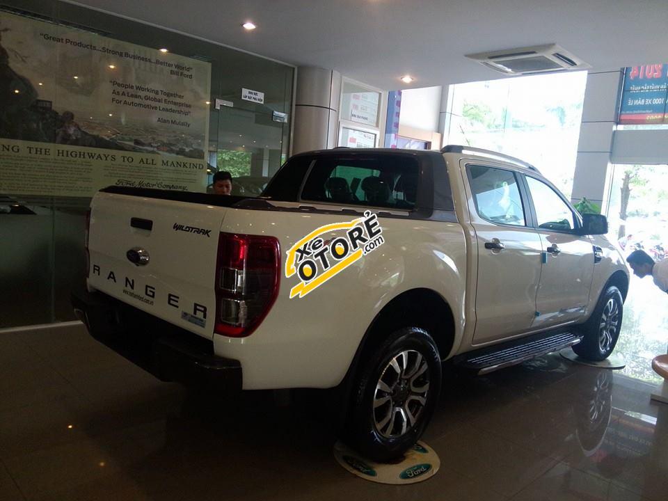 Bán ô tô Ford Ranger đời 2016, màu trắng, nhập khẩu nguyên chiếc, giá 879tr