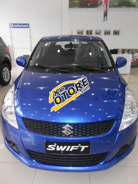 Cần bán xe 5 chỗ Suzuki Swift 2017, xe Hatchback đủ màu khuyến mãi khủng trực tiếp 110 triệu đồng