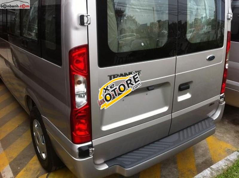 Cần bán Ford Transit Mid sản xuất 2016, màu bạc