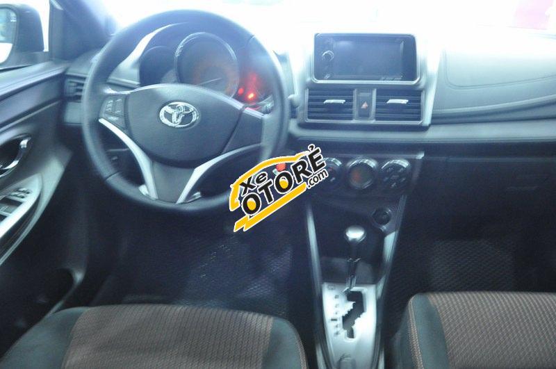 Cần bán xe Toyota Yaris G đời 2015, màu trắng, nhập khẩu