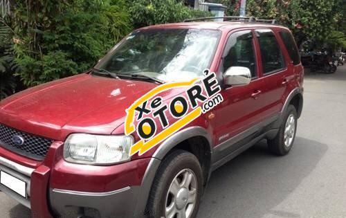 Tôi cần bán lại xe Ford Escape MT đời 2002, màu đỏ, 240 triệu