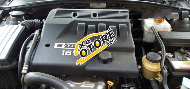 Em bán Daewoo Magnus MT đời 2005, màu đen số sàn, xe cũ