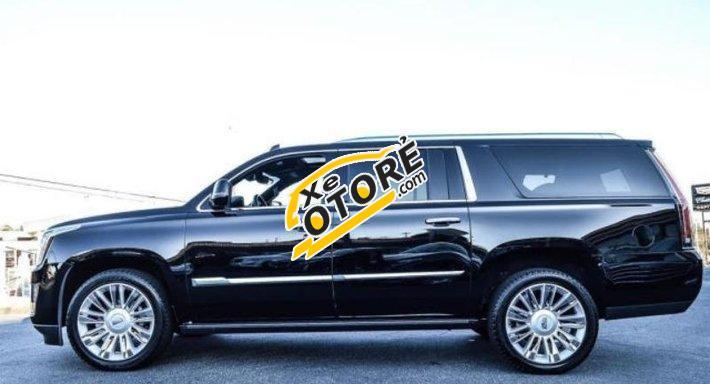 Tôi cần bán Cadillac Escalade Platium AT đời 2016, màu đen, xe nhập