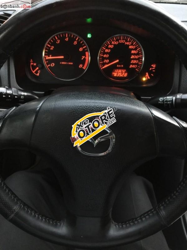 Cần bán gấp Mazda 6 2.0MT 2003, màu đen, 325 triệu