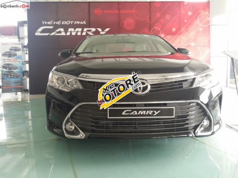 Bán ô tô Toyota Camry 2.0E AT đời 2016, màu đen