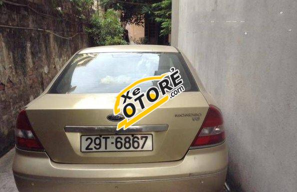Gia đình có xe Ford Mondeo MT đời 2003 số sàn cần bán