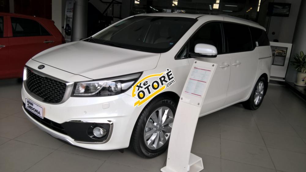 Bán Kia Sedona GATH sản xuất 2015, màu trắng