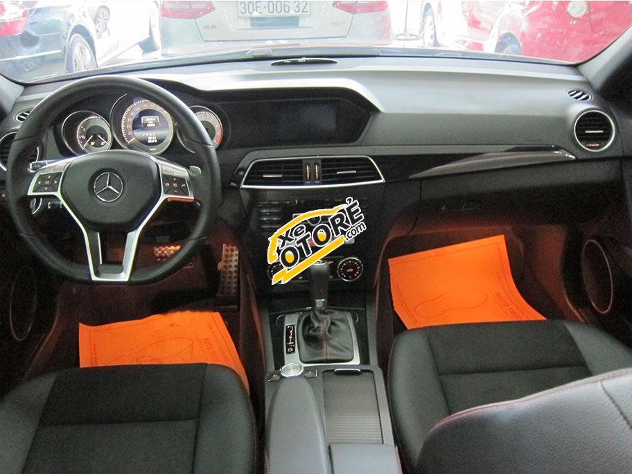 Trúc Anh Auto bán xe Mercedes C300 AMG Plus đời 2014, màu đỏ