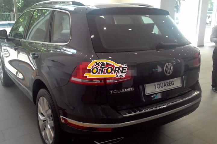 Cần bán Volkswagen Touareg đời 2016, màu xám, nhập khẩu chính hãng
