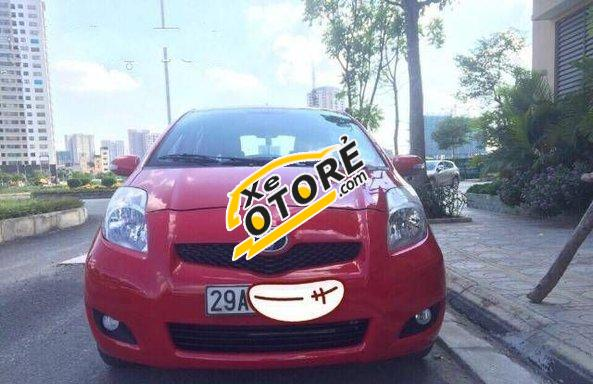Mình cần bán Toyota Yaris AT sản xuất 2011, màu đỏ số tự động, 515tr