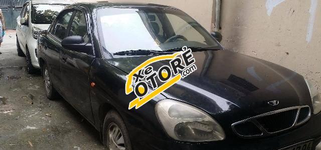 Mình bán ô tô Daewoo Nubira MT đời 2001, màu đen số sàn
