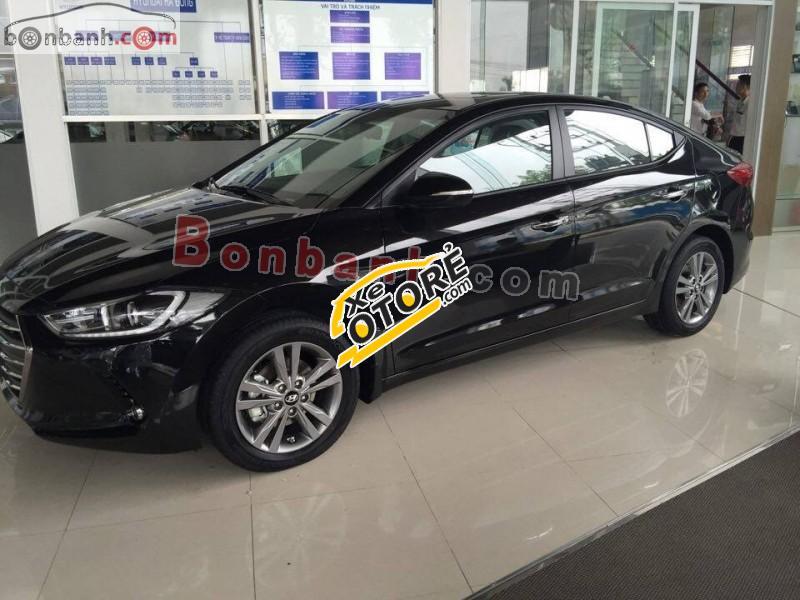 Cần bán xe Hyundai Elantra 1.6 AT 2016, màu đen, giá 669tr
