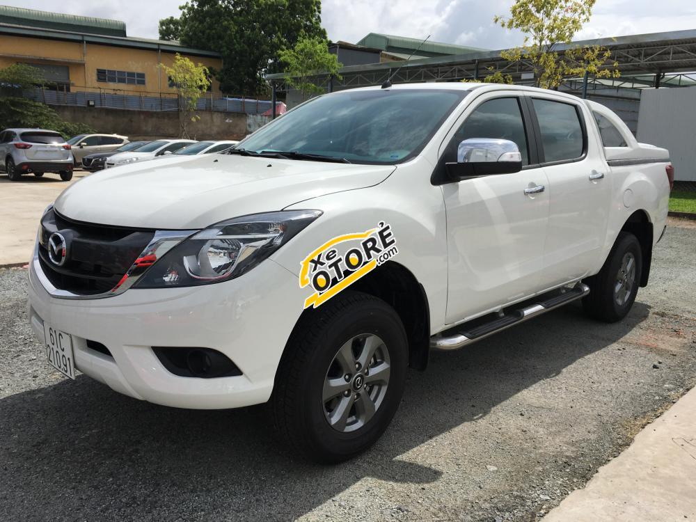 SR Mazda HP - Ưu đãi tặng tiền mặt và nắp thùng cho khách hàng mua xe BT50 tháng 9