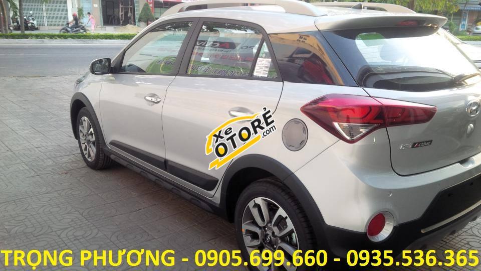 Bán xe Hyundai i20 Active đời 2018 Đà Nẵng, màu bạc, nhập khẩu nguyên chiếc