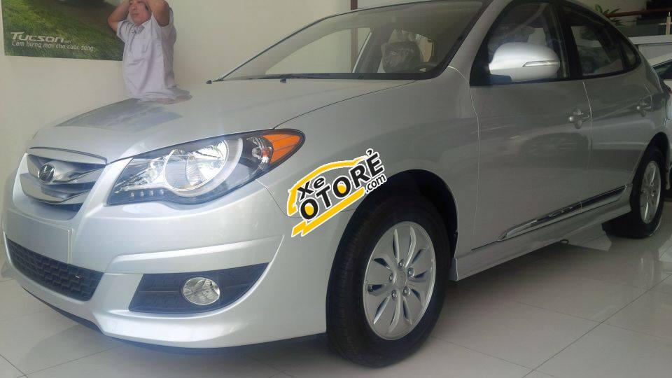 Hyundai Avante đời 2016 Đà Nẵng, xe thanh lịch, trẻ trung và dáng vẻ mạnh mẽ, thể thao