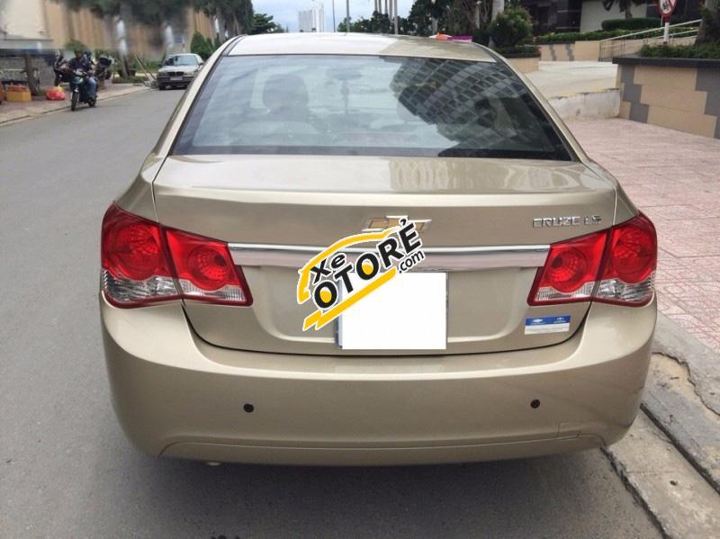 Bán xe Chevrolet Cruze LS đời 2010, màu vàng