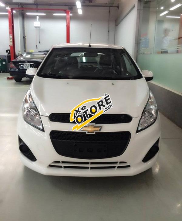 Cần bán Chevrolet Spark Duo sản xuất 2016, màu trắng