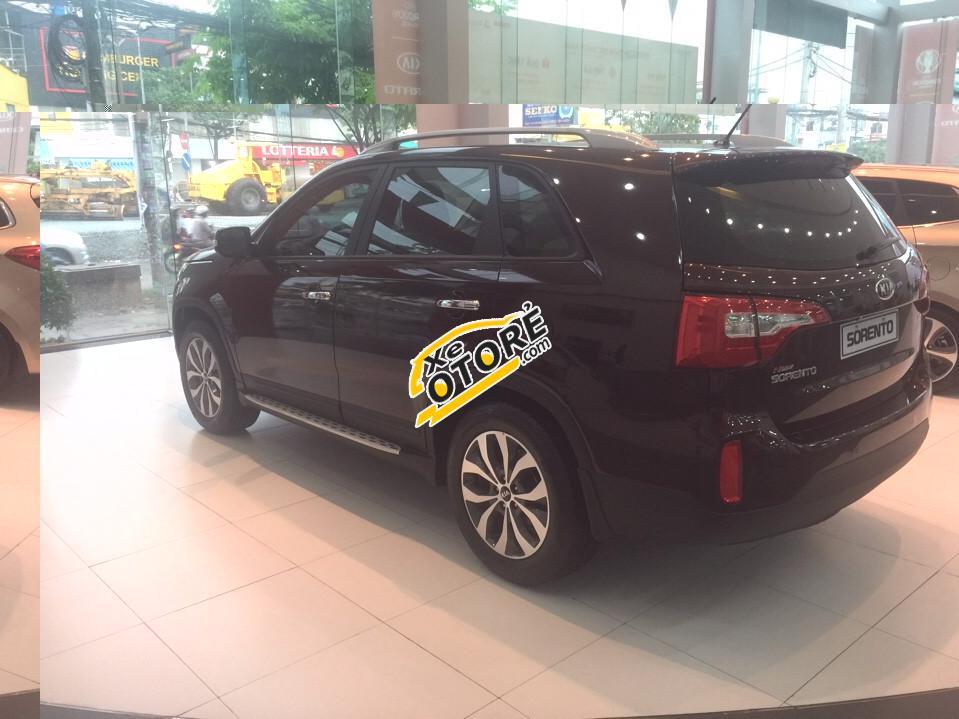 Bán xe Kia Sorento - Tặng 1 năm bảo hiểm hỗ trợ vay vốn ngân hàng