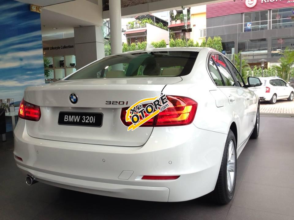Bán BMW 320i đời 2016, màu trắng, nhập khẩu chính hãng, gọi ngay 0937891898 để có giá ưu đãi nhất