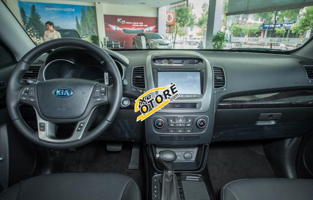 Bán xe Kia Sorento 2016 màu trắng, SUV giá tốt nnhất tại Kia Gò Vấp