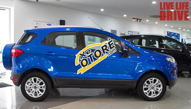 Ford EcoSport 635tr, tặng dán kính, trai sàn da cao cấp, camera, màn hình và trên 10 phụ kiện nữa