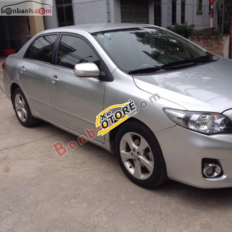 Bán Toyota Corolla altis 2.0V AT đời 2011, màu bạc số tự động, giá tốt