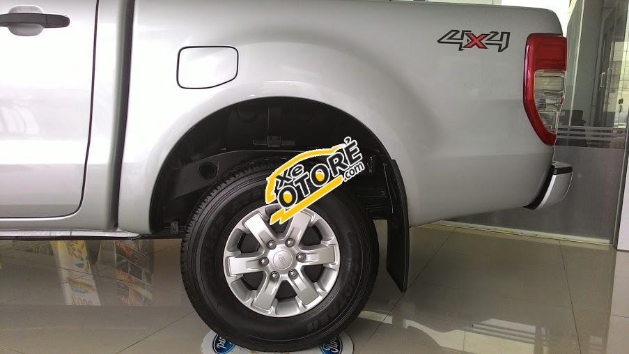 Bán xe Ford Ranger XL đời 2017, màu bạc, nhập khẩu chính hãng, hỗ trợ trả góp 80%