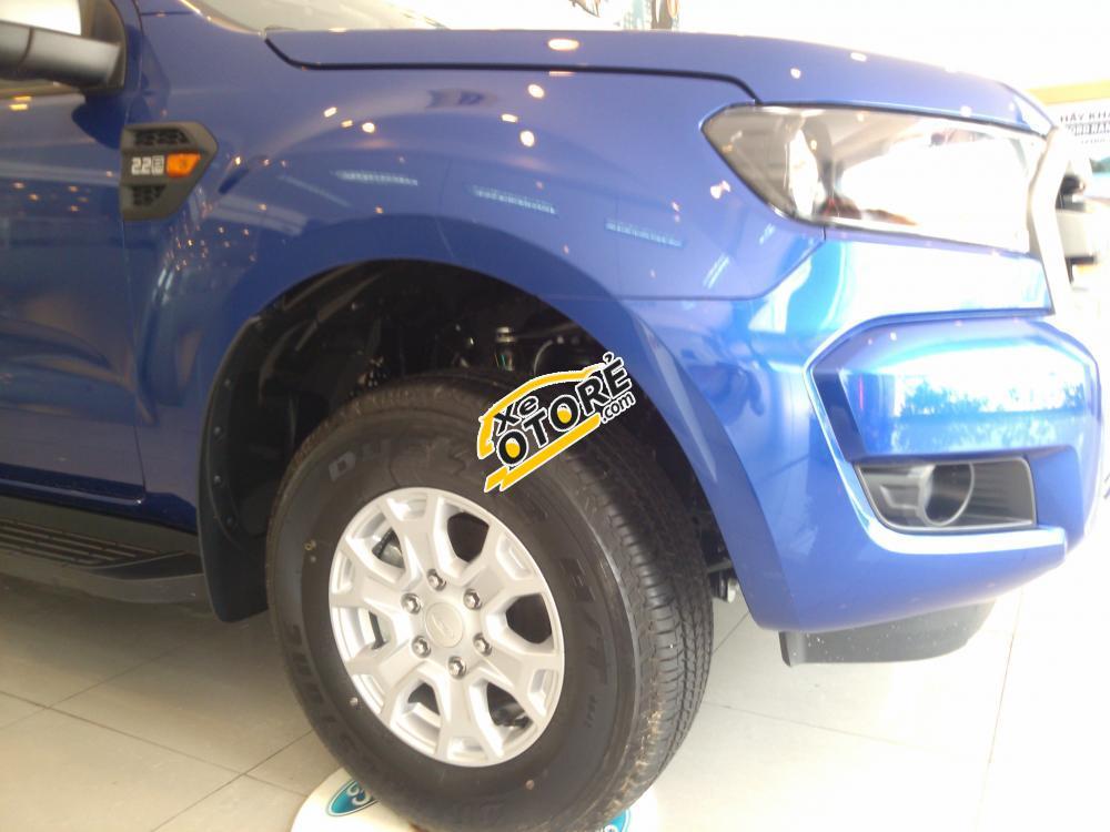 Cần bán xe Ford Ranger XLS AT 2016, màu xanh, nhập khẩu