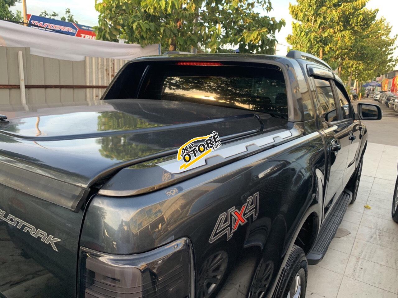 Bán xe Ranger Wildtrak 3.2 máy dầu, 2 cầu, màu xám