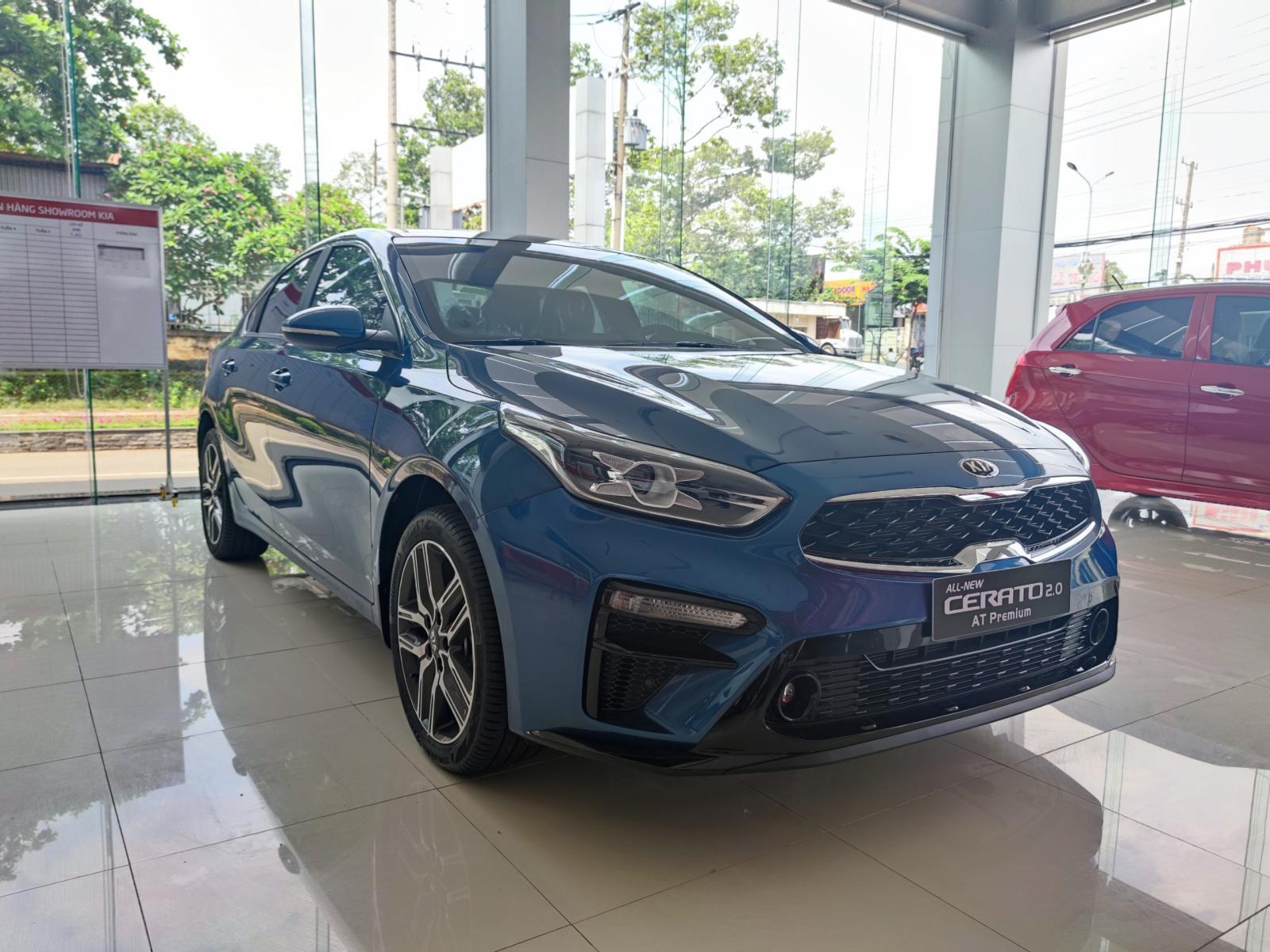 Kia Cerato 2021 giá chỉ từ 544 triệu, khuyến mãi khủng tại Kia Bình Phước