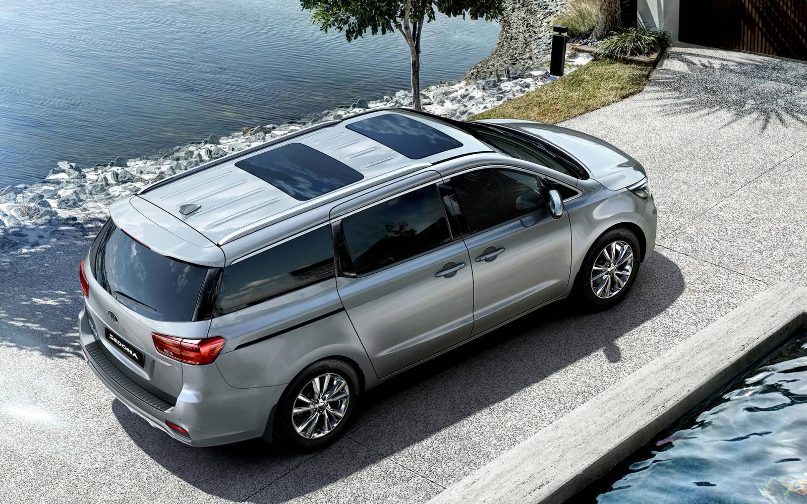 Bán xe Kia Sedona đời 2021, màu trắng