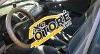 Tôi cần bán gấp Ford Laser MT sản xuất 2002, màu đen số sàn