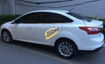 Cần bán lại xe Ford Focus đời 2014 màu trắng, giá 710 triệu
