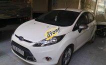 Cần bán Ford Fiesta đời 2013, màu trắng, nhập khẩu nguyên chiếc
