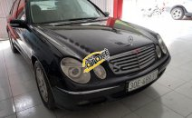 Bán Mercedes E240 năm 2004, màu đen, giá chỉ 365 triệu