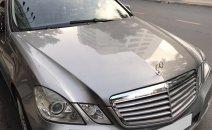 Cần bán gấp Mercedes E300 sản xuất 2009, màu xám, giá 765tr