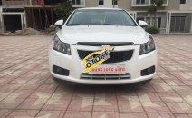 Cần bán Chevrolet Cruze 1.6 LS đời 2014, màu trắng, 418 triệu