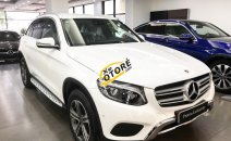 Cần bán xe Mercedes GLC250 sản xuất năm 2017, màu trắng