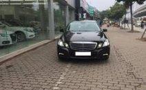 Bán Mercedes E250 đời 2010, màu đen, xe nhập, đẹp như mới, giá tốt