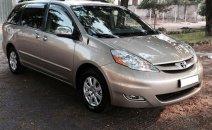 Cần bán xe Toyota Siena 2.7LE đời 2006, nhập khẩu nguyên chiếc, giá chỉ 585 triệu