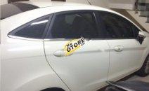 Cần bán Ford Fiesta Titanium năm sản xuất 2014, màu trắng