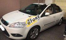 Cần bán Ford Focus AT sản xuất 2011, màu trắng, giá 395tr