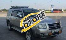 Mình cần tiền bán Ford Everest 2008 số tự động, máy dầu