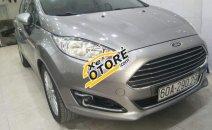 Cần bán Ford Fiesta Titanium sản xuất 2016, màu xám xe gia đình