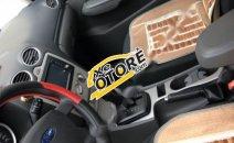 Bán xe Ford Focus 1.8 đời 2010, màu vàng, nhập khẩu nguyên chiếc